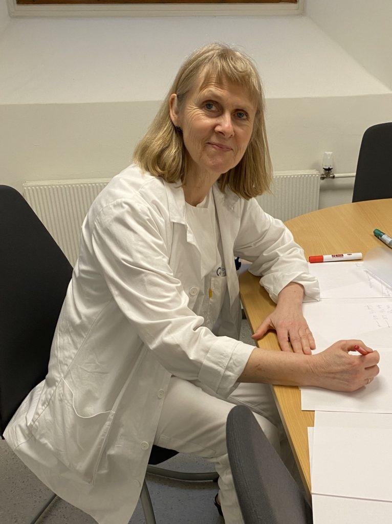 Seksjonsoverlege Bente Magny Bergersen Ønsker en bedre samordning av anbudsprosess og revidering av retningslinjer for behandling.